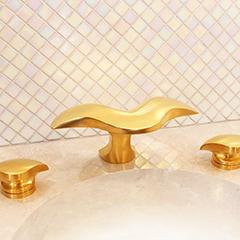 Aurora Lavatory Set w/ Aurora Handles (shown in satin 24k gold)